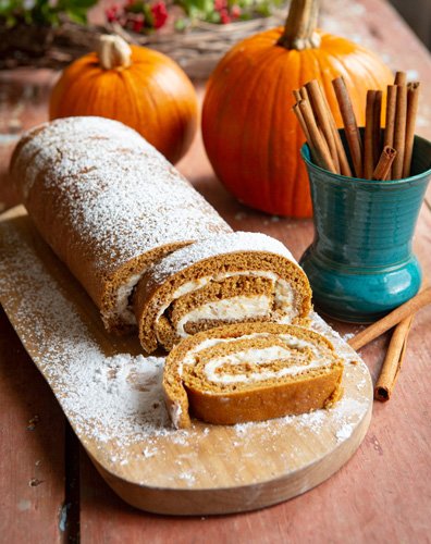 Wyndelin-Christmas-PumpkinRoll